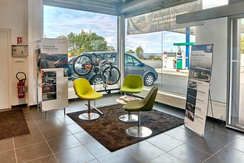 Accueil et salle d'attente Garage Duverger Renault